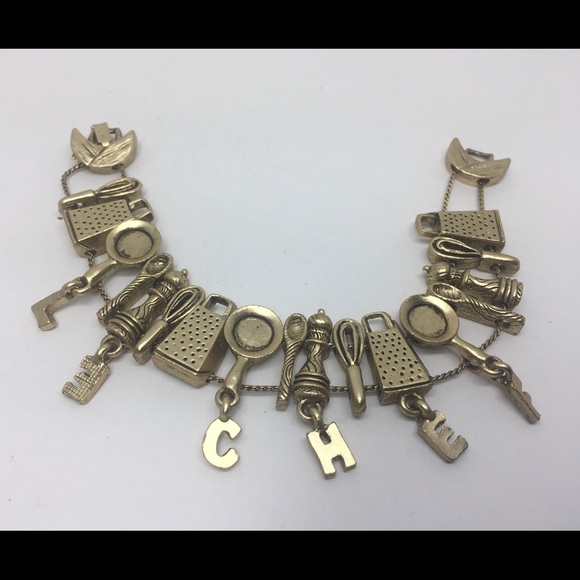 Vintage Jewelry - LE CHEF KITCHEN TOOLS SLIDE CHARMS BRACELET